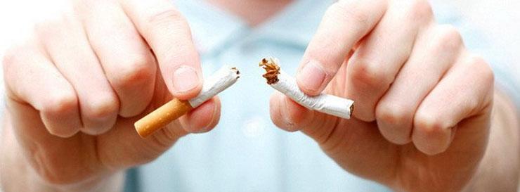 Во время ГВ мамам нужно отказаться от курения