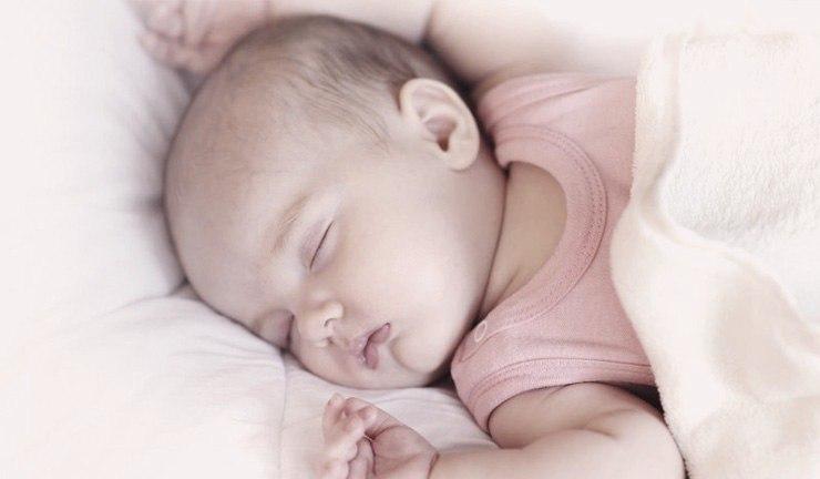 Тремор подбородка у ребенка во сне