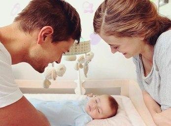 Спокойная обстановка в семье улучшит сон новорожденного