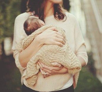 Берите ребенка на руки только при необходимости