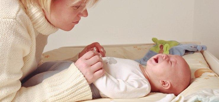 Клизма новорожденному