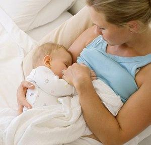 Кормить ребенка ночью просто необходимо