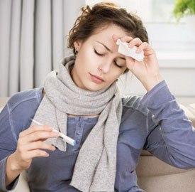 При ангине обычно поднимается температура