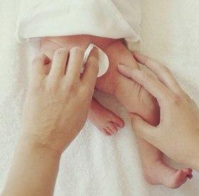 Покраснение половых органов новорожденной